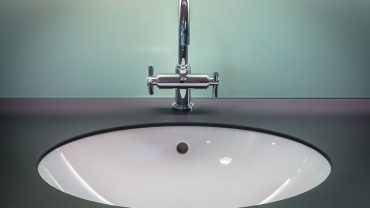 how do you remove limescale from chrome taps